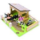 Le Toy Van TV402 - Yellow Barn Set