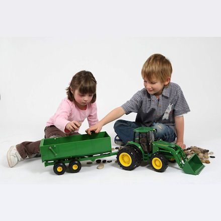 Britains 42425 Big Farm John Deere 6830S Tractor, Trailer