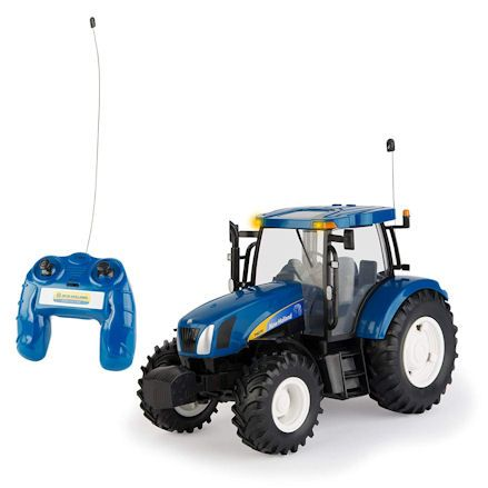 Britains 42601 Big Farm New Holland T6070 RC Tractor