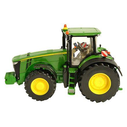 Britains 43174 John Deere 8400R Tractor