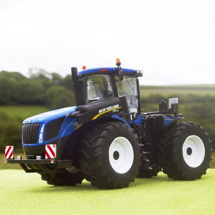 Britains 43193 New Holland T9.530 Tractor, Diorama