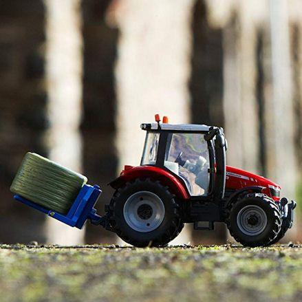 Britains 43205 Massey Ferguson 5612 Tractor Set, Working