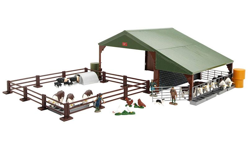 Britains farm building set with accessories