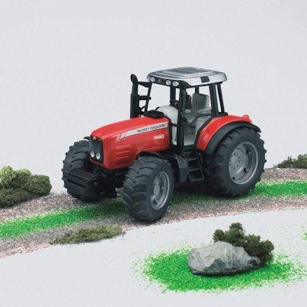 Bruder 02040 Massey Ferguson 7480 Tractor, Forwards