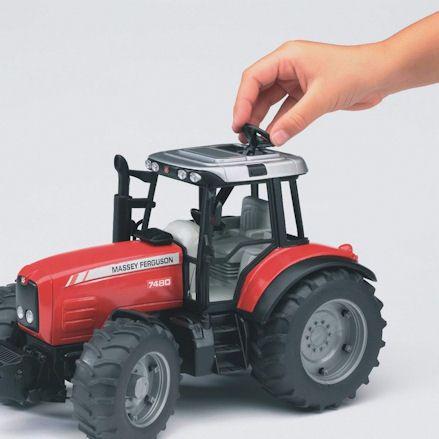 Bruder 02045 Massey Ferguson 7480 Tractor, steering