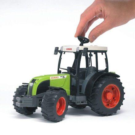 Bruder 02110 Claas Nectis 267 F Tractor, steering