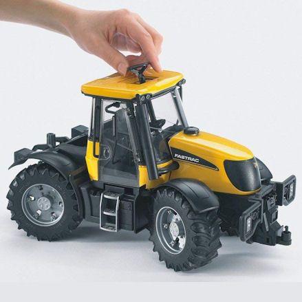 Bruder 03030 JCB Fastrac 3220 Tractor, Steering
