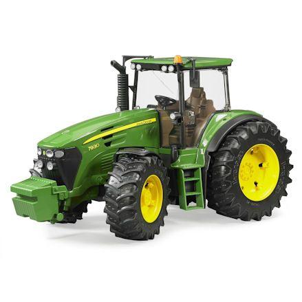 Bruder 03050: John Deere 7930 Tractor