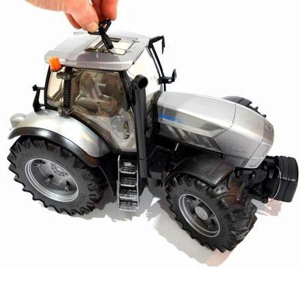 Bruder 03084Lamborghini R8.270 Tractor, Steering