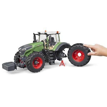 Bruder 04040 Fendt 1050 Vario Tractor, Wheel