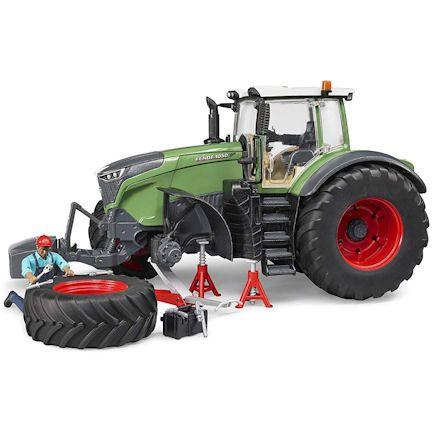 Bruder 04041 Fendt 1050 Vario Tractor, setup