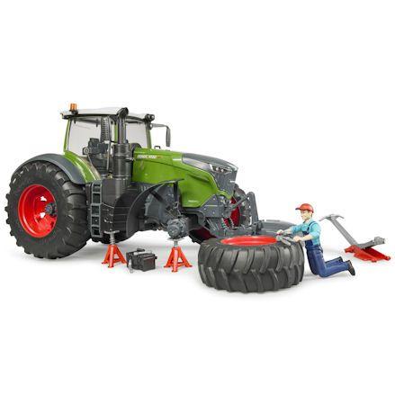 Bruder 04041 Fendt 1050 Vario Tractor, tyre