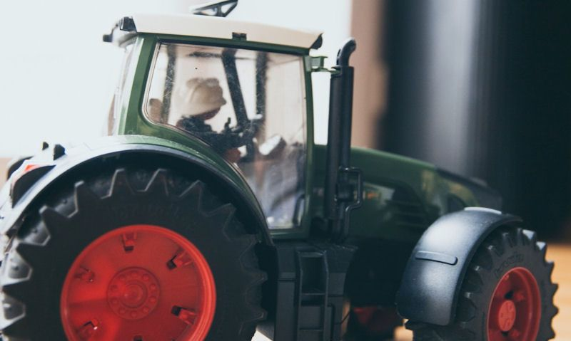 Toy tractor drivers